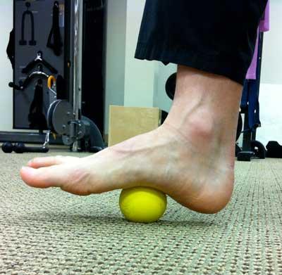 foot-lacross-ball